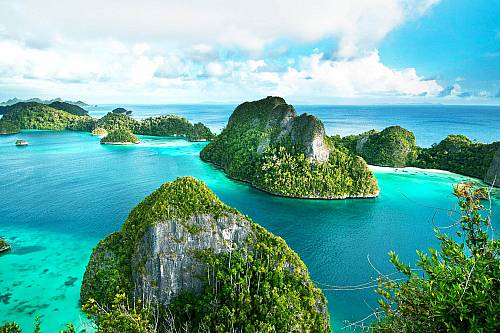 4D3N Fun Raja Ampat Diving